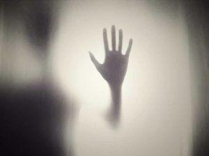 Qué hacer si un familiar o amigo dice que quiere suicidarse