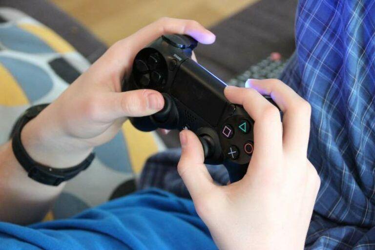 ¿Los videojuegos vuelven a nuestros hijos violentos?